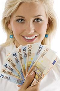 Новые условия электронных кредитов в Women Credit Bank